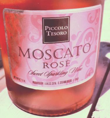 Piccolo Tesoro-Moscato Rose Sparkling Wine