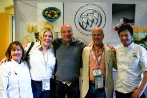 (L-R) Chef Gale Gand, Jennifer Roberts, Michael Green, Tommy Hensel, Chef Ben Roche