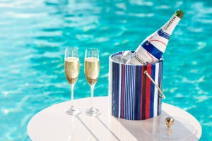 red-white-and-blue-ice-bucket-with-champagne