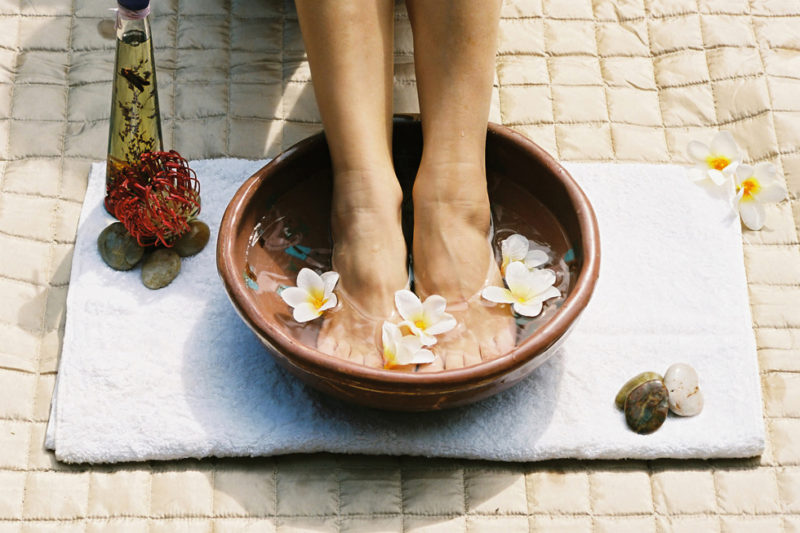 spa pedicure at home tips