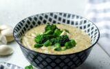 cream broccoli soup with lemon